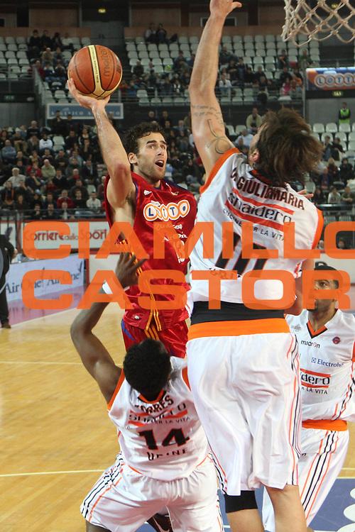 DESCRIZIONE : Roma Lega A1 2008-09 Lottomatica Virtus Roma Snaidero Udine<br /> GIOCATORE : Luigi Datome<br /> SQUADRA : Lottomatica Virtus Roma<br /> EVENTO : Campionato Lega A1 2008-2009<br /> GARA : Lottomatica Virtus Roma Snaidero Udine<br /> DATA : 01/03/2009<br /> CATEGORIA : Tiro<br /> SPORT : Pallacanestro<br /> AUTORE : Agenzia Ciamillo-Castoria/G.Ciamillo<br /> Galleria : Lega Basket A1 2008-2009<br /> Fotonotizia : Roma Campionato Italiano Lega A1 2008-2009 Lottomatica Virtus Roma Snaidero Udine<br /> Predefinita :