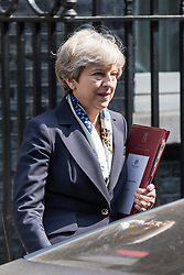 © Licensed to London News Pictures. 21/06/2017. London, UK. Prime Minister Theresa May leaves 10 Downing Street on her way to the Queen's Speech for the State Opening of Parliament. Photo credit: Rob Pinney/LNP