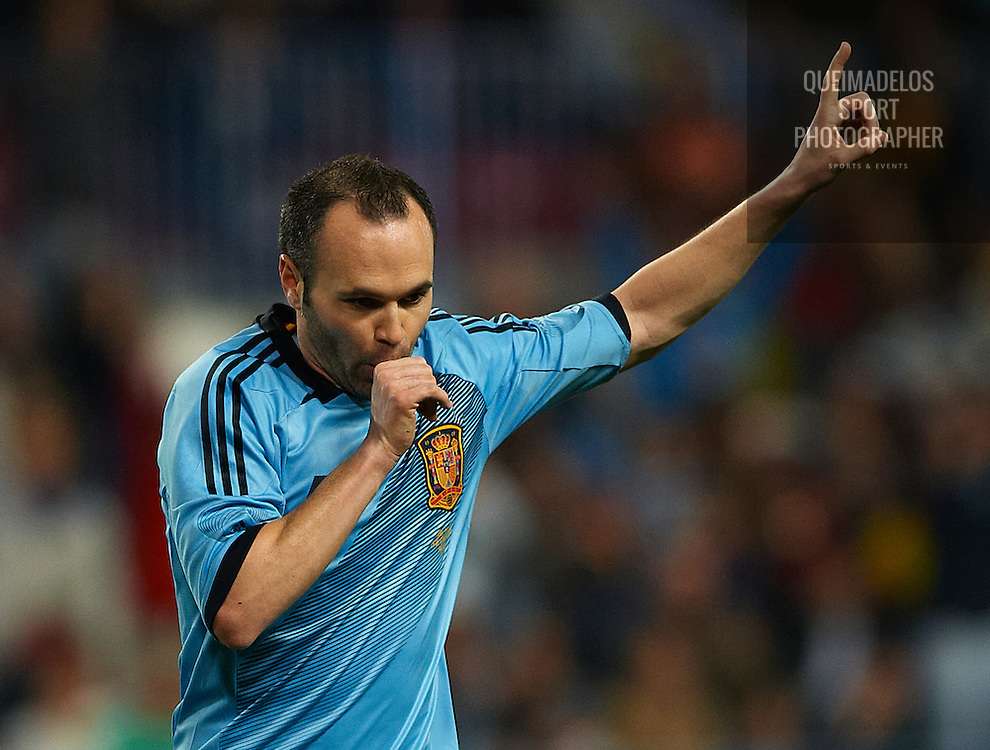 MALAGA, SPAIN - FEBRUARY 29:  Andres Iniesta of Spain celebrates after scoring during the international friendly match between Spain and Venezuela at La Rosaleda Stadium on February 29, 2012 in Malaga, Spain.  (Photo by Manuel Queimadelos Alonso/Getty Images)