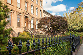 STOCK: Carroll Gardens, Brooklyn