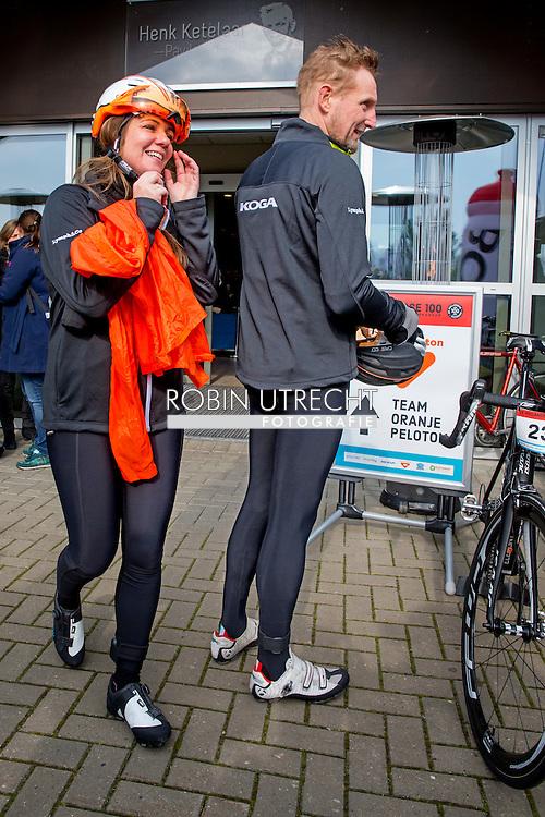 BIDDINGHUIZEN - Prins Bernhard en prinses Annette tijdens de tweede editie van De Hollandse 100 op FlevOnice, een sportief evenement van fonds Lymph en Co ter ondersteuning van onderzoek naar lymfeklierkanker.  COPYRIGHT ROBIN UTRECHT<br /> BIDDINGHUIZEN -  During the second edition of the Dutch 100 on FlevOnice, a sporting event fund Lymph and Co. to support research into lymphoma. COPYRIGHT ROBIN UTRECHT