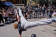 Roma 7 Maggio 2015<br /> Sgomberato questa mattina dalle forze dell'ordine lo spazio sociale occupato SCUP,le ruspe hanno abbattuto porte e finestre e reso inagibile  la palestra, la ludoteca, la biblioteca, e la scuola popolare di musica. L'edificio era occupato da tre anni. Esibizione di capoeira<br /> Rome May 7, 2015<br /> Vacated  this morning by police,  the social  space occupied SCUP, the bulldozers have knocked down doors and windows and rendered unusable gym, game room, library, popular school of music. The building was occupied by three years. Exhibition of capoeira