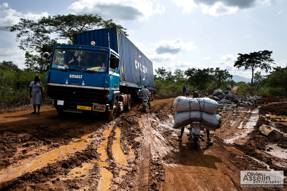 Truck stuck in mud on a country road near Notse, Togo on Thursday October 2, 2008.