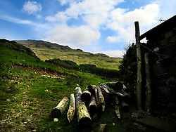 UK ENGLAND CUMBRIA 1JUN06 - Lake District National Park view between Wrynose and Hardknott Pass. ..jre/Photo by Jiri Rezac..© Jiri Rezac 2006..Contact: +44 (0) 7050 110 417.Mobile:  +44 (0) 7801 337 683.Office:  +44 (0) 20 8968 9635..Email:   jiri@jirirezac.com.Web:    www.jirirezac.com..© All images Jiri Rezac 2006 - All rights reserved.