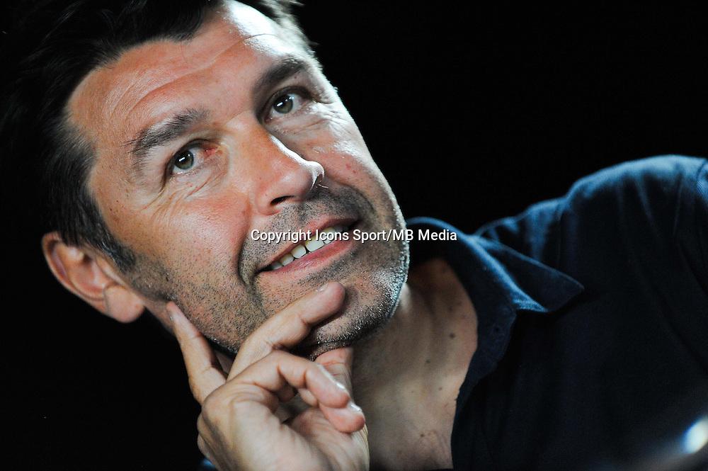Hubert FOURNIER - 01.06.2015 - Presentation du nouveau joueur de Lyon<br />Photo : Jean Paul Thomas / Icon Sport