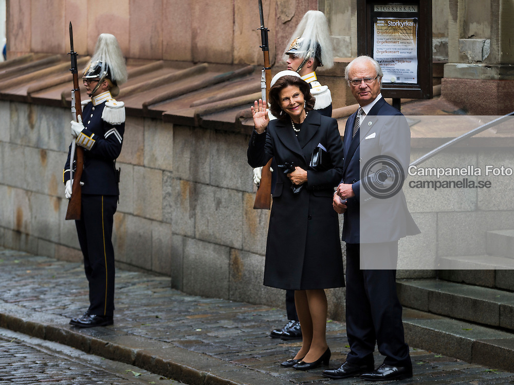 STOCKHOLM, SWEDEN - SEPTEMBER 15: Queen Silvia and King Carl XVI Gustaf of Sweden depart after attending service at the Church of St. Nicholas  in connection with the opening of the parliamentary session on September 15, 2015 in Stockholm, Sweden. (Photo by Michael Campanella/Getty Images)