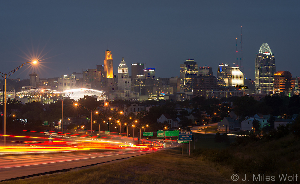 View of Cincinnati at twilight from the Kentucky view of Cut in the Hill