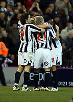 Photo: Mark Stephenson/Sportsbeat Images.<br /> West Bromwich Albion v Scunthorpe United. Coca Cola Championship. 29/12/2007.Kevin Phillips (no 21) celebrates his 2ed goal with team mates