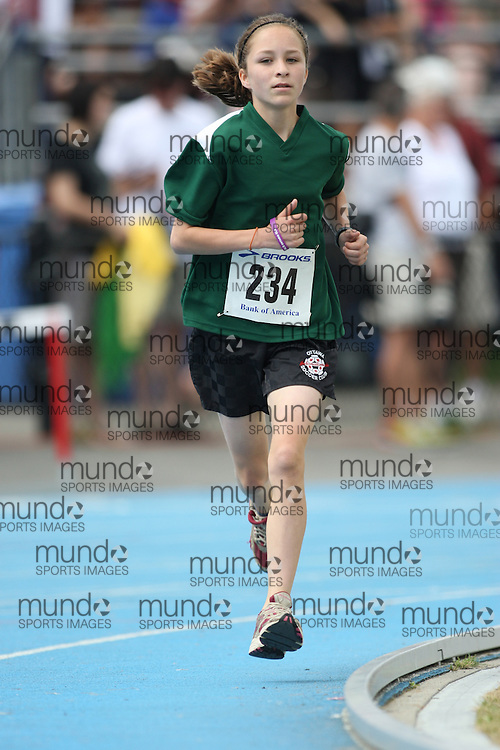 (Ottawa, Ontario---20/06/09)   Margaux McLean competing in the 1500m at the 2009 Bank of America All-Champions Elementary School Track and Field Championship. www.mundosportimages.com / www.msievents.