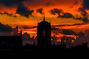 ALKMAAR - Alkmaar by night,  Heeren van Sonoy, hof, zonsondergang, aankleding, alkmaar