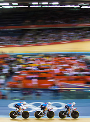 03.08.2012, Velodrome, London, GBR, Olympia 2012, Radsport, Bahn, Team Verfolgung, Damen, im Bild Tara Whitten, Gillian Carleton, Jasmin Glaesser (CAN, Bronze Medaille) // bronze medal Tara Whitten, Gillian Carleton, Jasmin Glaesser (CAN) during Cycling Track, Women Team Pursuit at the 2012 Summer Olympics at Velodrome, London, United Kingdom on 2012/08/03. EXPA Pictures © 2012, PhotoCredit: EXPA/ Johann Groder