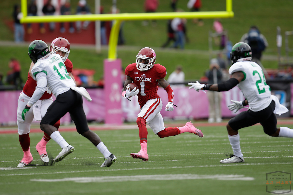 04 October 2014: Indiana Hoosiers wide receiver Shane Wynn (1)  as the Indiana Hoosiers played North Texas in a NCAA college football game in Bloomington, IN.