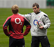 Twickenham, GREAT BRITAIN, Coach Jon CALLARD, chatting with Shane GERAGHTY, during the  England Training session,  on Tue 23.01.2007 at the  RFU Stadium, England. Photo, Peter Spurrier/Intersport-images]