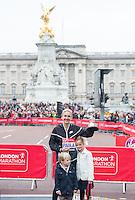 Paula Radcliffe receives Lifetime Achievement Award with her children at The Virgin Money London Marathon, Sunday 26th April 2015.<br /> <br /> Photo: Jon Buckle for Virgin Money London Marathon<br /> <br /> For more information please contact Penny Dain at pennyd@london-marathon.co.uk