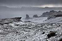 Lake Kleifarvatn on the Reykjanes Peninsula. Viewing south towards Syðri Stapi. Kleifarvatn á Reykjanesi. Horft í suður að Syðri Stapa.