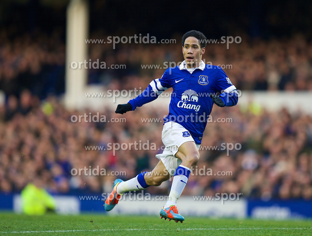 11.01.2014, Goodison Park, Liverpool, ENG, Premier League, FC Everton vs Norwich City, 21. Runde, im Bild Everton's Steven Pienaar, action against Norwich City during the Premiership match at Goodison Park // during the English Premier League 21th round match between Everton FC and Norwich City FC at the Goodison Park in Liverpool, Great Britain on 2014/01/11. EXPA Pictures &copy; 2014, PhotoCredit: EXPA/ Propagandaphoto/ David Rawcliffe<br /> <br /> *****ATTENTION - OUT of ENG, GBR*****