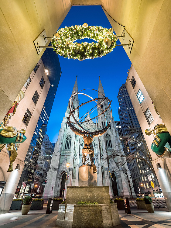 Atlas bronze statue, Rockefeller Center on Christmas