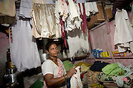 Anandi Anand Maraye 42 år,Dharavi, Mumbai, India
