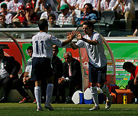 Photo: Glyn Thomas.<br />England v Paraguay. Group B, FIFA World Cup 2006. 10/06/2006.<br /> England's Owen Hargreaves (R) replaces Joe Cole.