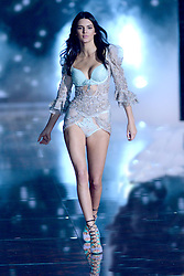 Nov. 10, 2015 - New York, New York, New York - Victoria's Secret model KENDALL JENNER walks the runway at the 2015 Victoria's Secret Fashion Show at Lexington Avenue Armory. (Credit Image: © Callahan/Ace Pictures via ZUMA Press)
