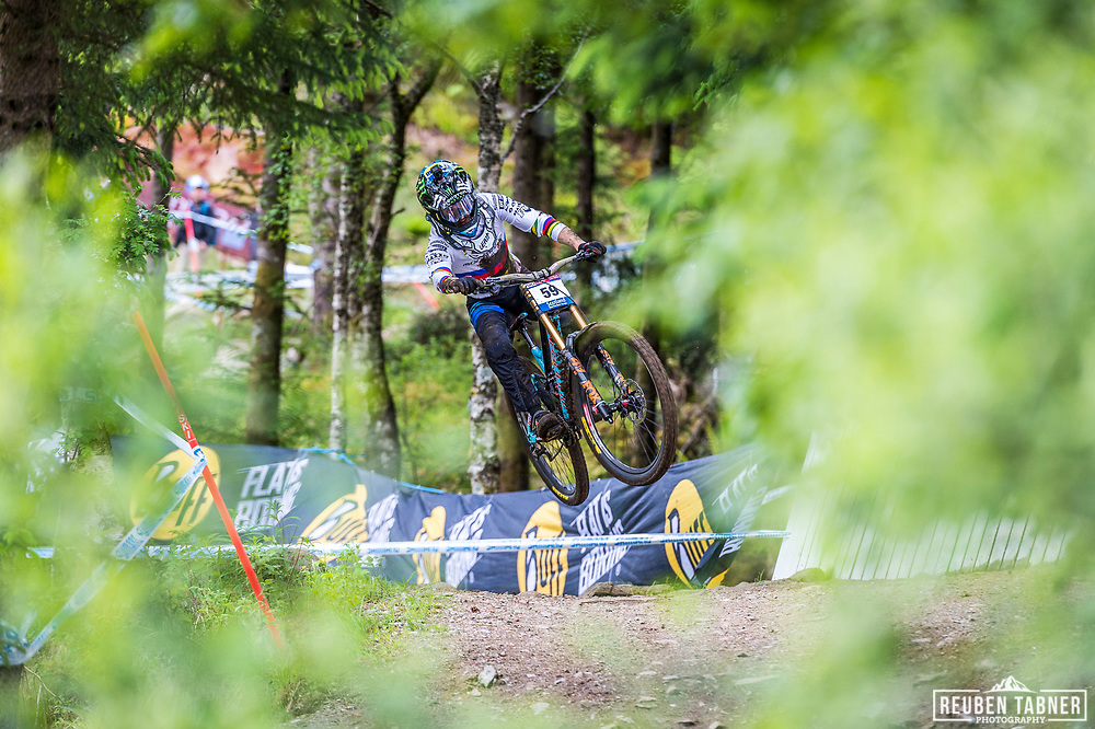 Current World Champion Danny Hart could only mange 59th place after taking a massive fall in the woods during his race run  at the Fort William UCI Mountain Bike World Cup.