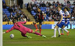 Bournemouth's Callum Wilson scores. - Photo mandatory by-line: Alex James/JMP - Mobile: 07966 386802 - 14/04/2015 - SPORT - Football - Reading - Madejski Stadium - Reading v AFC Bournemouth - Sky Bet Championship