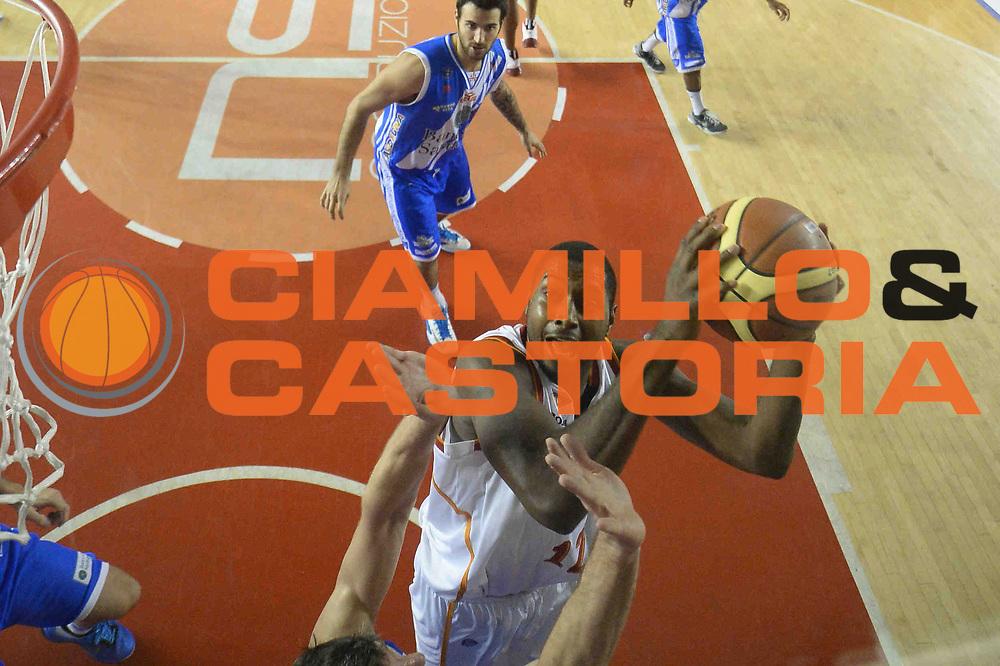 DESCRIZIONE : Campionato 2013/14 Acea Virtus Roma - Dinamo Banco di Sardegna Sassari<br /> GIOCATORE : Callistus Eziukwu<br /> CATEGORIA : Tiro Special<br /> SQUADRA : Acea Virtus Roma<br /> EVENTO : LegaBasket Serie A Beko 2013/2014<br /> GARA : Acea Virtus Roma - Dinamo Banco di Sardegna Sassari<br /> DATA : 26/12/2013<br /> SPORT : Pallacanestro <br /> AUTORE : Agenzia Ciamillo-Castoria / GiulioCiamillo<br /> Galleria : LegaBasket Serie A Beko 2013/2014<br /> Fotonotizia : Campionato 2013/14 Acea Virtus Roma - Dinamo Banco di Sardegna Sassari<br /> Predefinita :