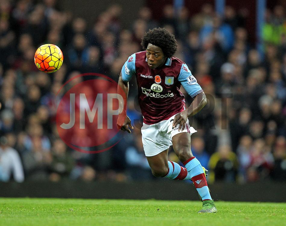 Carlos Sanchez of Aston Villa - Mandatory byline: Robbie Stephenson/JMP - 07966 386802 - 08/11/2015 - FOOTBALL - Villa Park - Birmingham, England - Aston Villa v Manchester City - Barclays Premier League