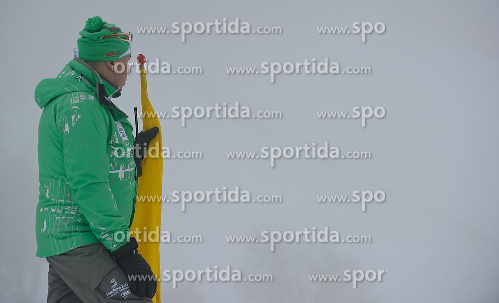 05.02.2013, Planai, Schladming, AUT, FIS Weltmeisterschaften Ski Alpin, Super G, Damen, im Bild Aufgrund von Nebel musste der Start oefters verschoben werden // in action during ladies SuperG at the FIS Ski World Championships 2013 at the Planai Course, Schladming, Austria on 2013/02/05. EXPA Pictures © 2013, PhotoCredit: EXPA/ Sandro Zangrando