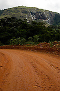 Sao Joao de Manhuacu_MG, Brasil...Rota Imperial, antiga estrada Dom Pedro de Alcantra em Sao Joao de Manhuacu, Minas Gerais...The Royal Imperial Route, know as Dom Pedro de Alcantara Road in Sao Joao de Manhuacu, Minas Gerais...Foto: BRUNO MAGALHAES / NITRO