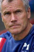 Photo: Daniel Hambury.<br />Crystal Palace v Leeds United. Coca Cola Championship. 13/08/2006.<br />Palace's manager Peter Taylor.