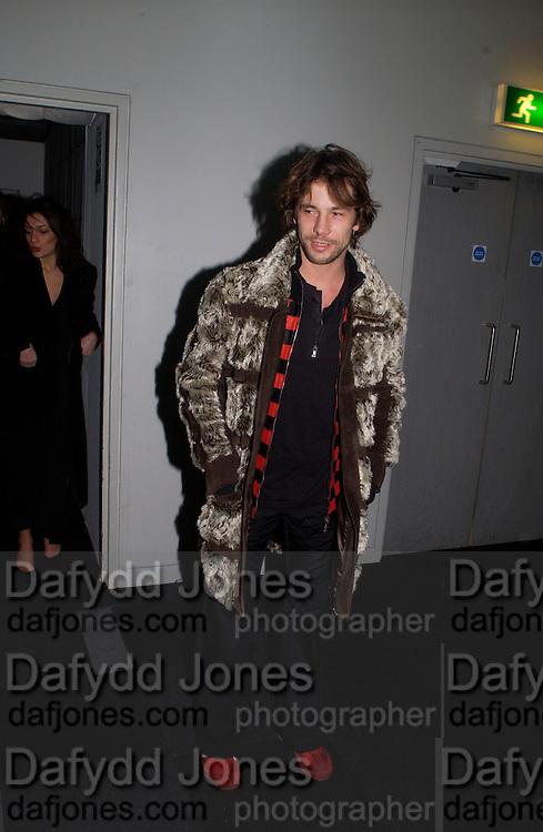 Jay Kay, Xelibri mobile phone launch, Old Billingsgate Market, 15 February 2003. © Copyright Photograph by Dafydd Jones 66 Stockwell Park Rd. London SW9 0DA Tel 020 7733 0108 www.dafjones.com