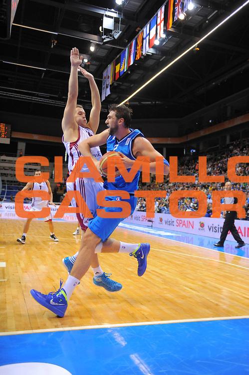 DESCRIZIONE : Siauliai Lithuania Lituania Eurobasket Men 2011 Preliminary Round Lettonia Italia Latvia Italy<br /> GIOCATORE : Andrea Bargnani<br /> SQUADRA : Italia Italy<br /> EVENTO : Eurobasket Men 2011<br /> GARA : Lettonia Italia Latvia Italy<br /> DATA : 02/09/2011 <br /> CATEGORIA : palleggio<br /> SPORT : Pallacanestro <br /> AUTORE : Agenzia Ciamillo-Castoria/T.Wiedensohler<br /> Galleria : Eurobasket Men 2011 <br /> Fotonotizia : Siauliai Lithuania Lituania Eurobasket Men 2011 Preliminary Round Lettonia Italia Latvia Italy<br /> Predefinita :