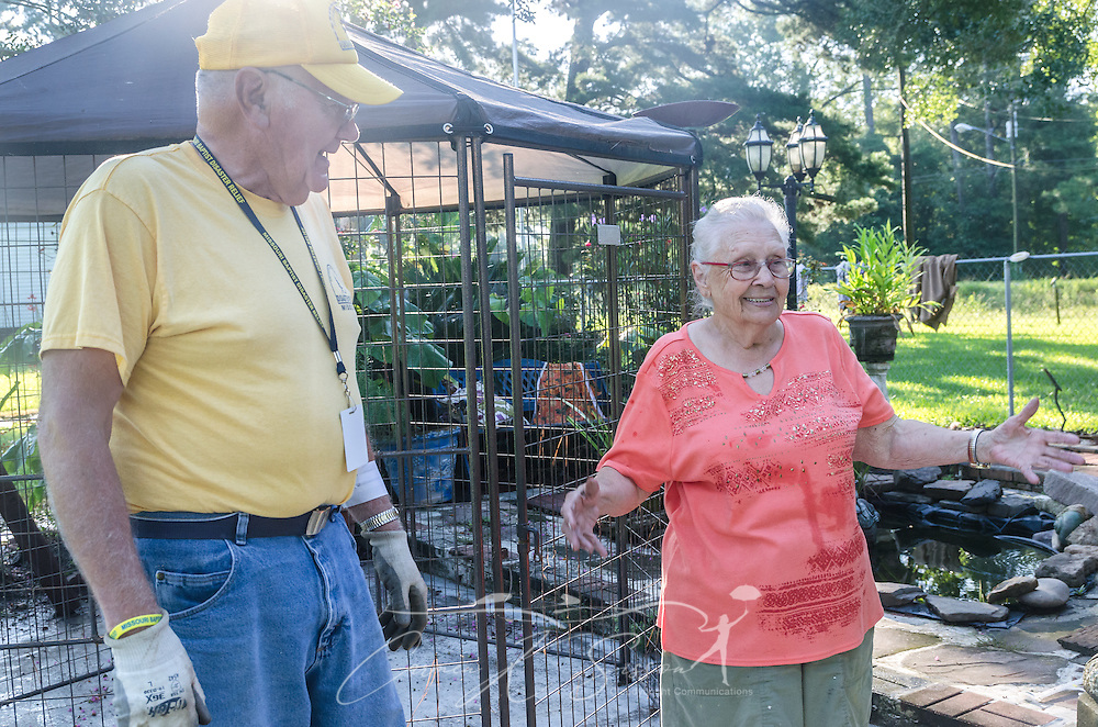Homeowner Fay McDowell, of Zoar Baptist Church, talks with SBDR volunteer Bud Skinner, a member of Browning Baptist Church in Lathrop, Mo., at her home, Aug. 22, 2016, in Baton Rouge, La. McDowell is one of thousands of Louisiana residents whose homes were damaged by floods last week. Skinner, along with other SBDR volunteers from Missouri, is helping tear out sheetrock and spray funigicide to prevent mold from growing. (Photo by Carmen K. Sisson)