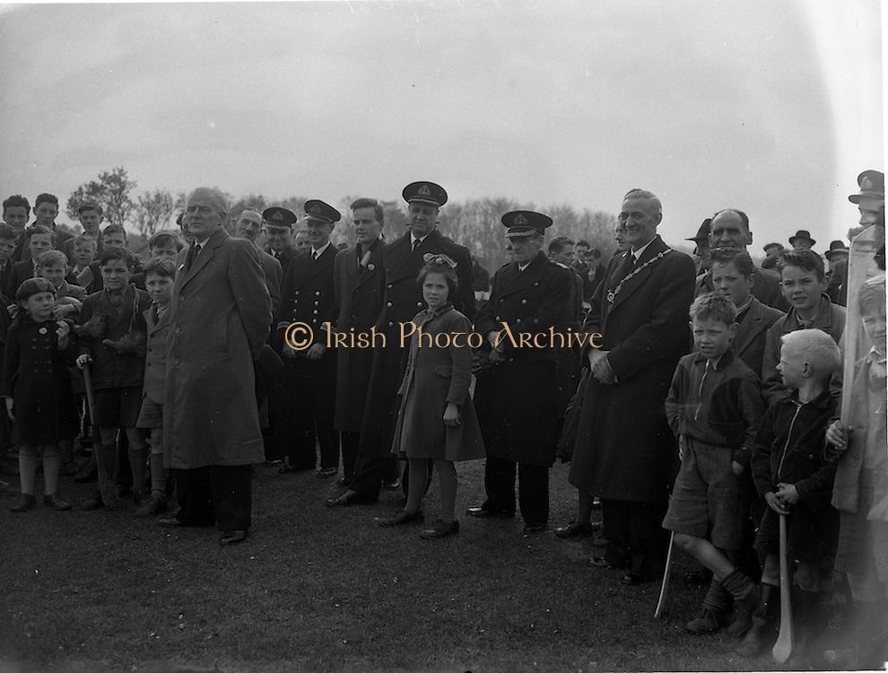 18/04/1953<br /> 04/18/1953<br /> 18 April 1953<br /> Naval Services v Dublin Port and Docks at Phoenix Park, Dublin.