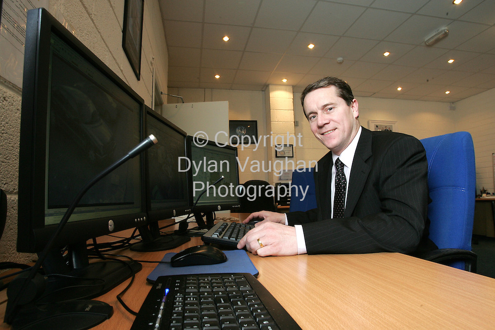 8/2/2006.Dave Walsh of Netwatch in Carlow..Picture Dylan Vaughan.
