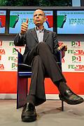 © Filippo Alfero<br /> PD - Festa Democratica Nazionale<br /> Torino, 06/09/2010<br /> politica<br /> Nella foto: Enrico Letta