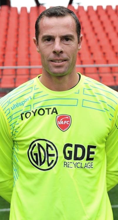 Bertrand LAQUAIT - 19.10.2014 - Portrait Officiel Valenciennes - Ligue 2<br /> Photo : Icon Sport