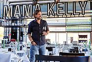 Rein Rombaldo van Mama Kelly, Den Haag