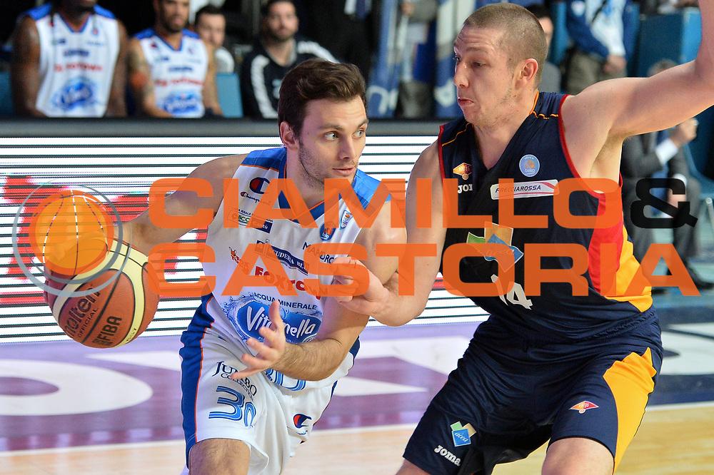 DESCRIZIONE : Cant&ugrave; Lega A 2014-15Acqua Vitasnella Cant&ugrave; Acea Roma<br /> GIOCATORE : Stefano Gentile<br /> CATEGORIA : Palleggio Penetrazione<br /> SQUADRA : Acqua Vitasnella Cant&ugrave;<br /> EVENTO : Campionato Lega A 2014-2015<br /> GARA : Acqua Vitasnella Cant&ugrave; Acea Roma<br /> DATA : 11/01/2015<br /> SPORT : Pallacanestro <br /> AUTORE : Agenzia Ciamillo-Castoria/I.Mancini<br /> Galleria : Lega Basket A 2013-2014  <br /> Fotonotizia : Cant&ugrave; Lega A 2013-2014 Acqua Vitasnella Cant&ugrave; Acea Roma<br /> Predefinita :