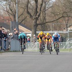 23-03-2019: Wielrennen: Drentse Dorpenomloop: Assen<br />-wielrennen - Assen - Drenthe - KNWU<br />Coen Vermeltvoort gaat de sprint aan. Piotr Havik (links) wordt tweede, Dion Beukeboom (midden) derde