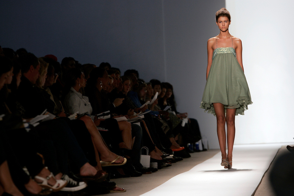 A model walks down the runway during the Spring 2007 showing of the Doo Ri collection during the 2006 Olympus Fashion week in New York Thursday 14 September 2006.