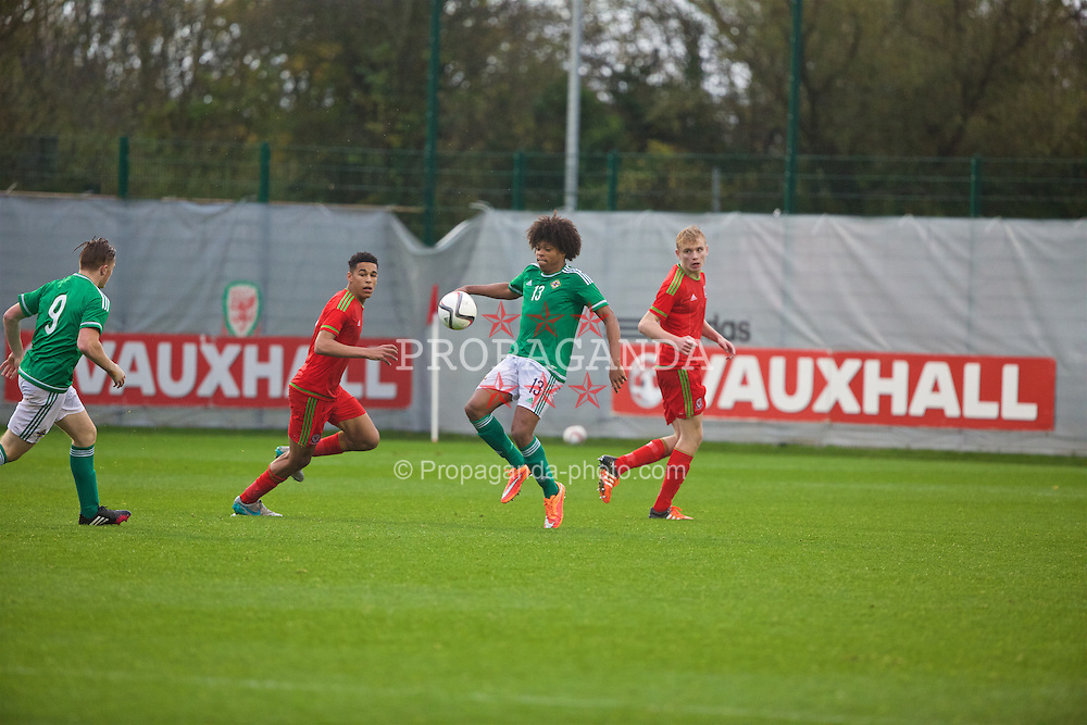 NEWPORT, WALES - Thursday, November 5, 2015: Northern Ireland's Leo Brown in action against Wales during the Under-16's Victory Shield International match at Dragon Park. (Pic by David Rawcliffe/Propaganda)