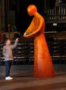 """Une journÈe avec Fleur Nabert, sculpteur, ? Metz le samedi 24 avril 2010, ? l'occasion du vernissage de l'exposition """"Les Cinq Sens"""" - Sculptures en vie rÈalisÈes par l'artiste ? la CathÈdrale de Metz. Vernissage de l'Exposition """"Les Cinq Sens"""" - Sculptures en vie : entrÈe du public A day with Fleur Nabert, sculptor, on April 24, 2010 in Metz, France for the opening of the sculptures exhibition """"Les cinq sens - sculptures en vie"""" in St Stephen Cathedral of Metz. Opening of the exhibition """"Les cinq sens - sculptures en vie"""" in St Stephen Cathedral of Metz. Picture by Manuel Cohen"""