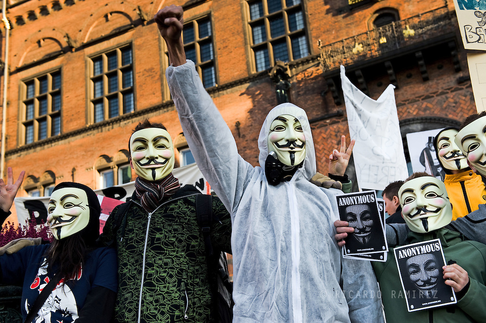 15.10.2011. Copenhagen, Denmark. About 1,000 people attended the demonstration occupied Denmark in Copenhagen Town Hall Square on Saturday afternoon.Photo: © Ricardo Ramirez