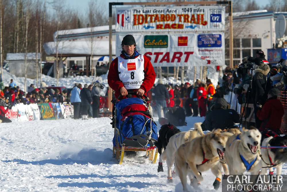 3/4/2007:  Willow, Alaska -  Veteran Ramey Smyth of Houston, AK at the start of the 35th Iditarod Sled Dog Race