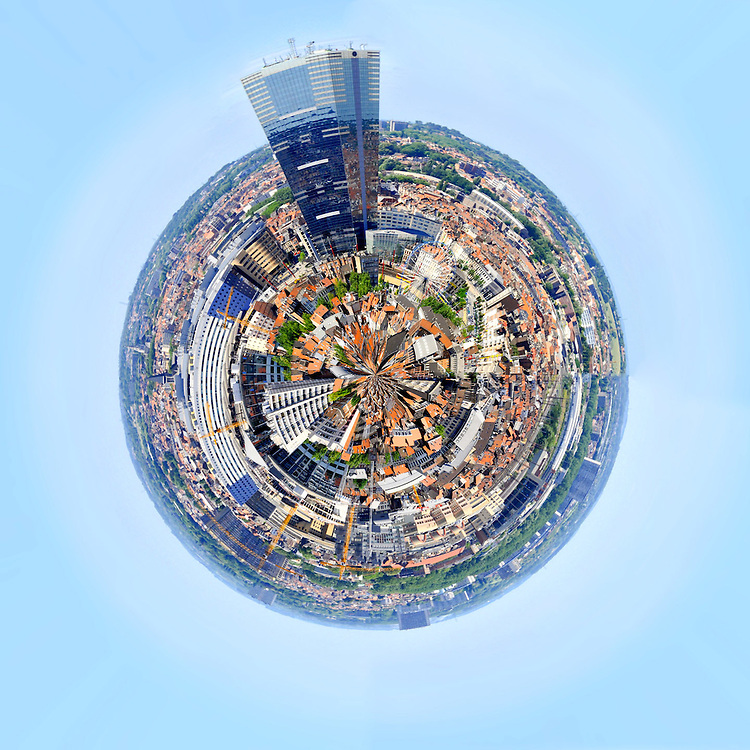Spherical view of Brussels from above<br /> Credit Paul Marnef / ISOPIX    **** REFERENCE : 00028184 ****