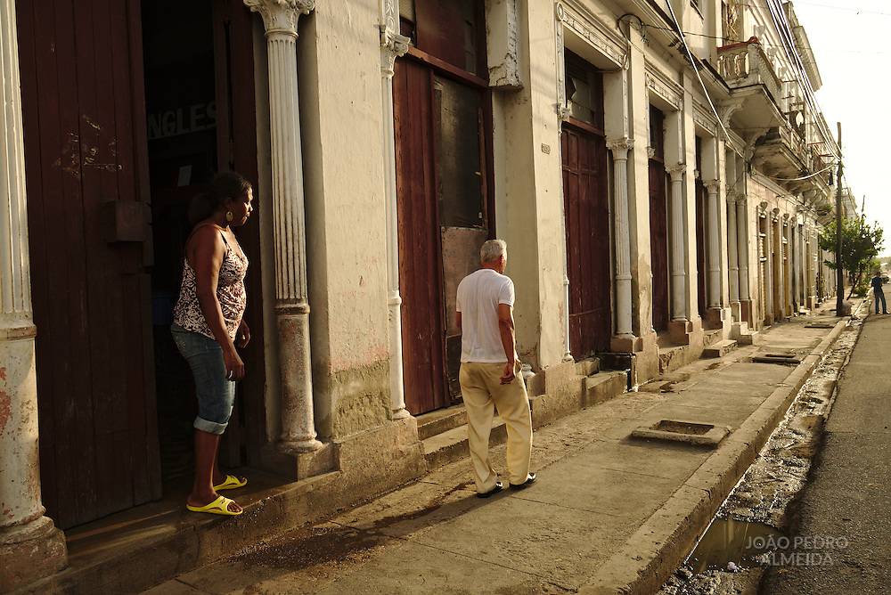 The activity in the streets of Cienfuegos