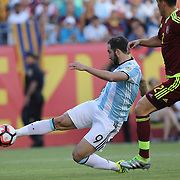 FOXBOROUGH, MASSACHUSETTS - JUNE 18:  Gonzalo Higuain #9 of Argentina scores an early goal during the Argentina Vs Venezuela Quarterfinal match of the Copa America Centenario USA 2016 Tournament at Gillette Stadium on June 18, 2016 in Foxborough, Massachusetts. (Photo by Tim Clayton/Corbis via Getty Images)