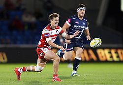 Billy Burns of Gloucester in action - Mandatory by-line: Matt McNulty/JMP - 16/09/2016 - RUGBY - Heywood Road Stadium - Sale, England - Sale Sharks v Gloucester Rugby - Aviva Premiership